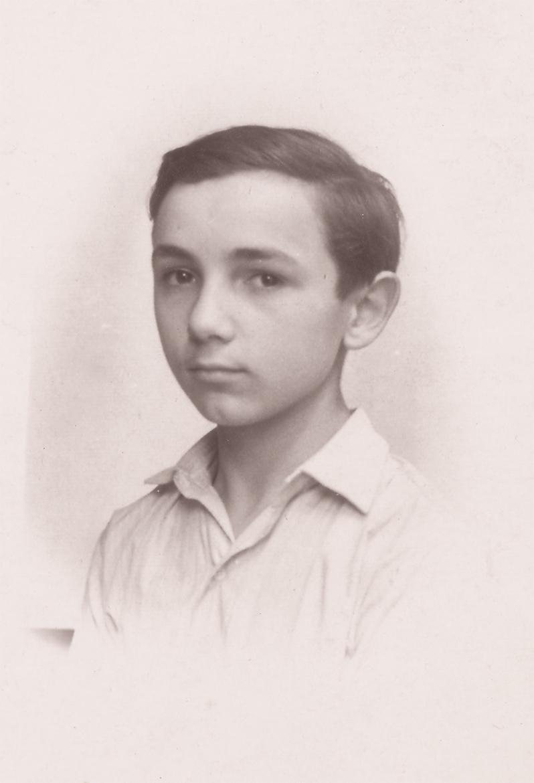 Luigi Volpi al tempo della frequenza alle Scuole Industriali di Piazza Castello - Lodi - 1949/50
