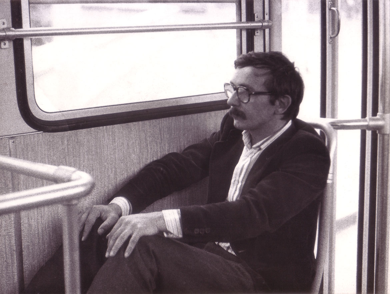 Luigi Volpi in tram, Milano, inizio-anni-'80