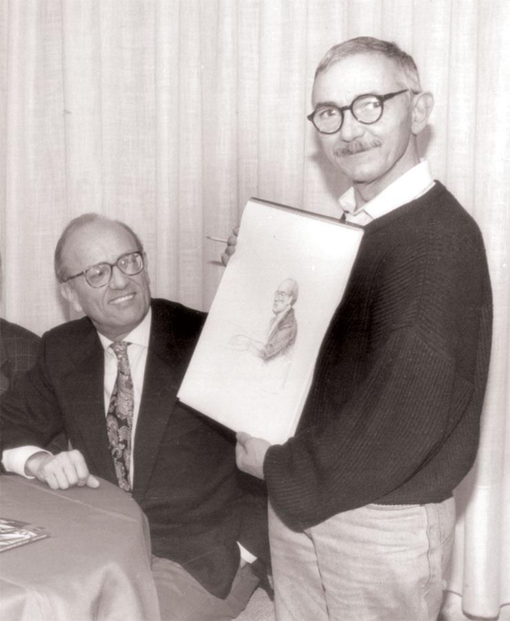 """Luigi volpi (a destra) mostra il ritratto da lui realizzato a Tino Gipponi - Lodi - Caffè """"La Busa"""" - 1995"""