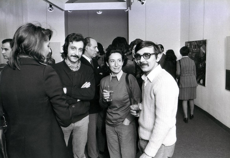 """Da destra, Luigi Volpi e Ida Amadei nella galleria """"Antonio Battagia"""" - Milano -1972"""
