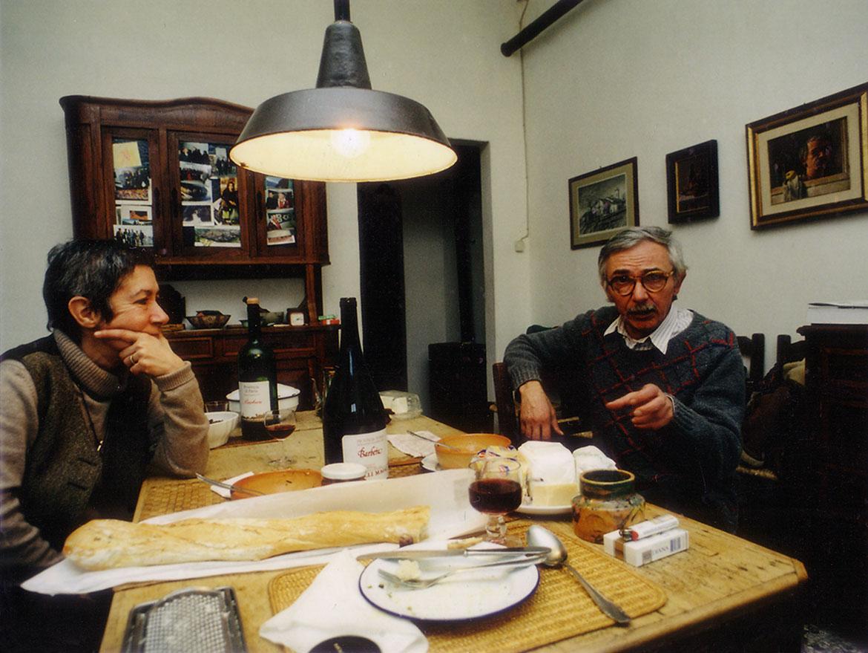 Francesca Succa e Luigi Volpi nella casa studio di Via Cavezzali - Lodi - 1997